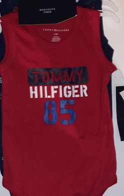 Tommy Hilfiger 12 month gift set for Sale in Eustis,  FL