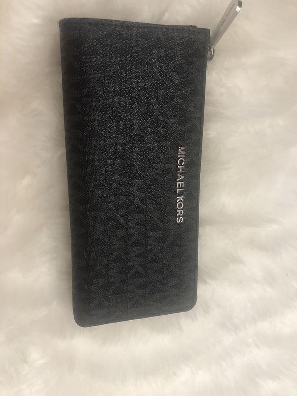 Michael kors wallet new