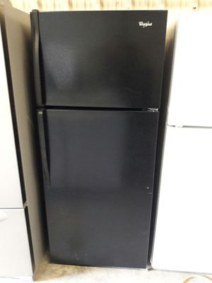 Like new 2015 whirlpool black appliance comboe for Sale in Austin, TX