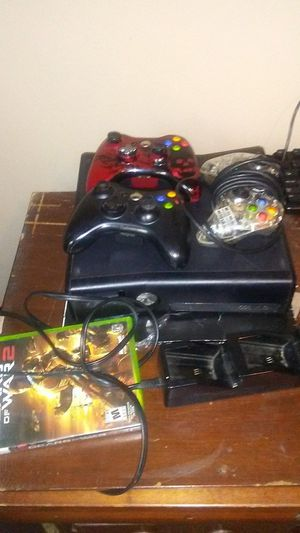 Xbox 360 with one game and 3 controllers for Sale in Baton Rouge, LA