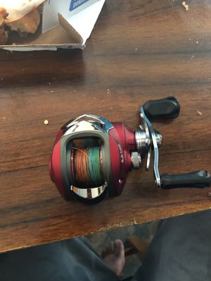 Fishing reel for Sale in Bedford Park, IL