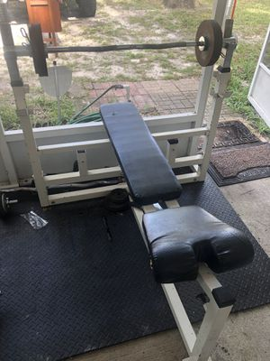 Bench and curl bar for Sale in Casselberry, FL