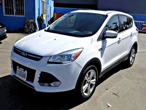 2015 Ford EscapeSE FWD for Sale in South Gate, CA