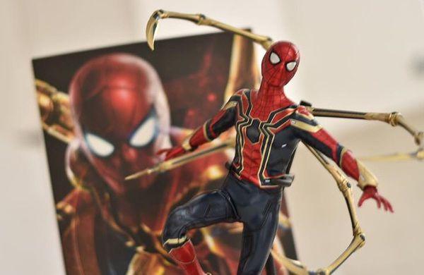 Hot toy iron Spider-Man