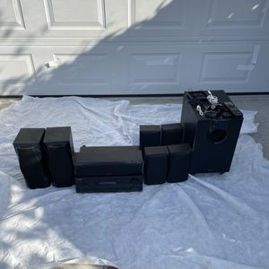 Onkyo HT-R560 Receiver Home Theater System 7.1 HDMI and 7 SK560 Series Speakers / Subwoofer for Sale in El Segundo, CA