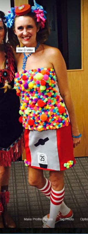 Halloween Costumes size 6 for Sale in Pflugerville, TX
