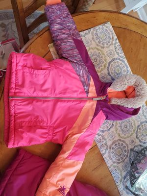 24 mth girls winter coat and snowpantsk set for Sale in North Aurora, IL