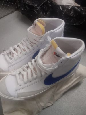 Nike Shoes size 10.5 Original for Sale in Los Angeles, CA