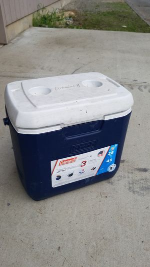 Cooler for Sale in Tacoma, WA