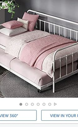 Day Bed With Trundle for Sale in Cypress,  CA
