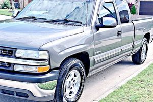 ֆ12OO 4WD CHEVY SILVERADO 4WD for Sale in Knoxville, MD