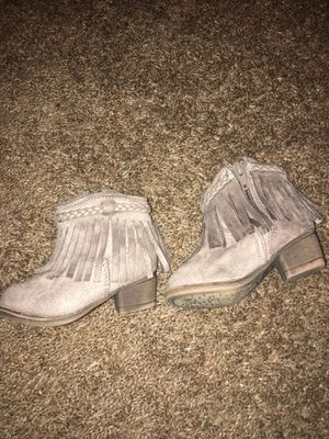 Toddler girl ankle boots. Super cute and excellent condition, no stains. for Sale in Gilroy, CA