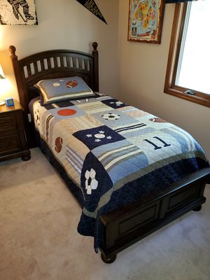 Perfect twin bed for Sale in East Amherst, NY