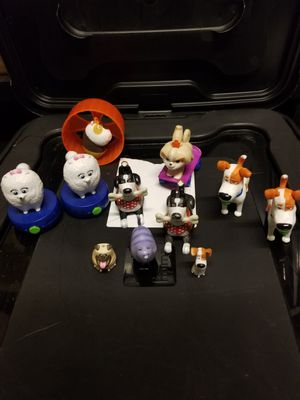 Toys Pets Secret Life of Pets Toy Lot Bundle for Sale in Montebello, CA