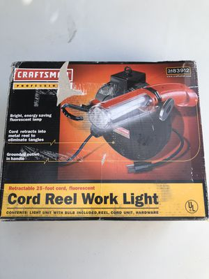 CRAFTSMAN PROFESSIONAL CORD REEL WORK LIGHT 💡 NEW IN BOX 📦 ((NUEVA))$40 for Sale in Los Angeles, CA
