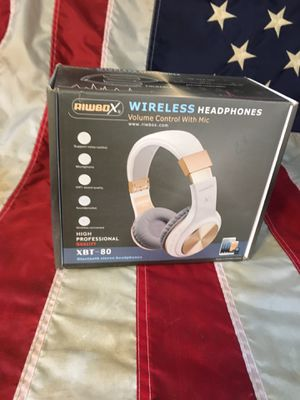 Wireless headphones with mic. NEW for Sale in Riverside, CA