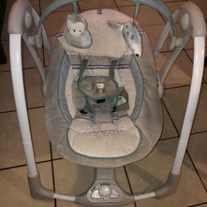 Swing For Baby for Sale in Las Vegas, NV