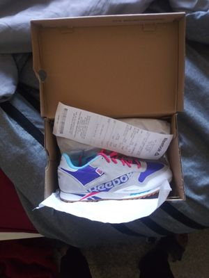 Brand new Reebok classic size 6 for Sale in Vacaville, CA