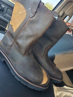 MEN'S SKECHERS WELLINGTON WORK: TIDANCE STEEL TOE BOOTS 77524/CDB size 11 for Sale in Glendale, AZ