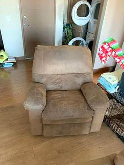 Sofa with double recliners for Sale in Nashville,  TN