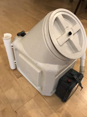 Small bait tank for Kayak or small boat for Sale in Huntington Beach, CA