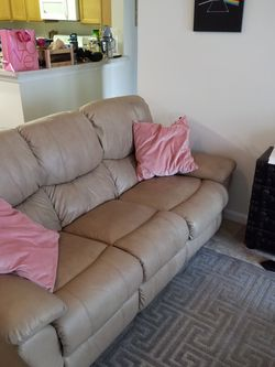 Recliner Couch for Sale in North Wales,  PA