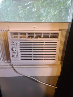 Arctic King 5,000 BTU air conditioner. for Sale in Aliquippa, PA