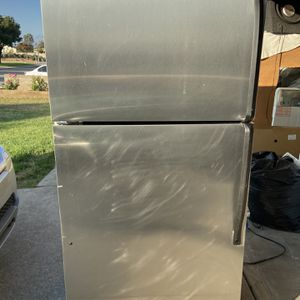 FULLY FUNCTIONAL Stainless steel whirlpool top mount! for Sale in Pomona, CA