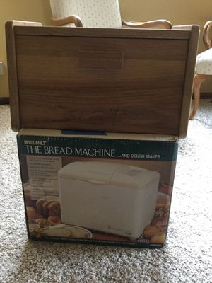 Bread maker and bread box sold together for Sale in New Lenox, IL