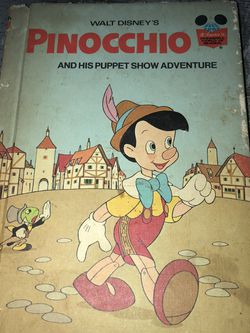 Used Vintage Childrens hardcover Random House Book 1973 : Walt Disney's Pinocchio and His Puppet Show Adventure for Sale in Pinellas Park,  FL