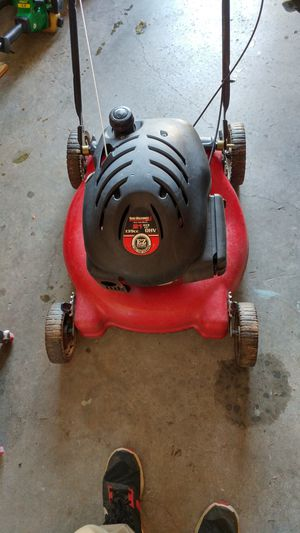 push lawnmower and weedeater for Sale in Duluth, GA