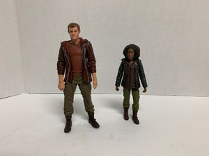 """2012 THE HUNGER GAMES """"RUE"""" & CATO - OPENED TOYS R US MOVIE NECA 7 INCH EXCLUSIVE FIGURES for Sale in Missouri City, TX"""