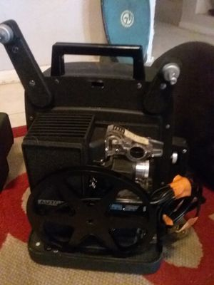 Bell and Howell Model 256 8mm Portable Projector for Sale in Mesa, AZ