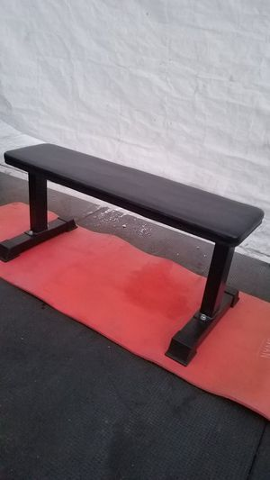 ( EXERCISE FITNESS 365 ) EXELLENT CONDITION FLAT UTILITY BENCH for Sale in Long Beach, CA