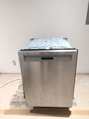 "Bosch SHE68TLUC 24"" 800 Series Built In Dishwasher Stainless Steel for Sale in Los Angeles, CA"