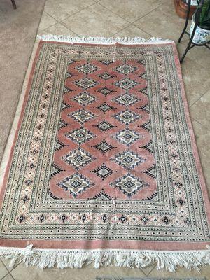 Pakistani wool pile rug for Sale in Menifee, CA