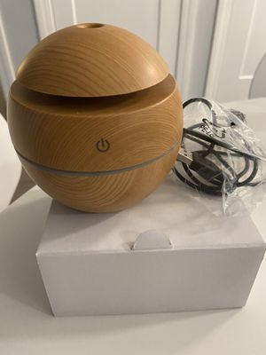 LED Air Aroma Ultrasonic Humidifier Aroma Aromatherapy Essential Oil Diffuser US for Sale in Quincy, MA