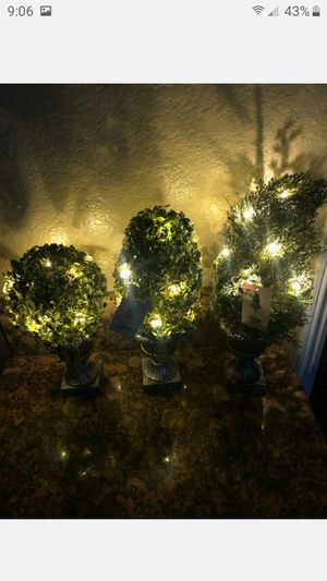 """BRAND NEW 18""""DECORATIVE GREEN ARTIFICAL TOPIARY TREE PLANT IN PLASTIC POT 1O LED LIGHTS FIRM $12 EACH for Sale in Riverside, CA"""