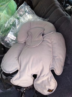 Baby body rest for car seat for Sale in Sylmar, CA