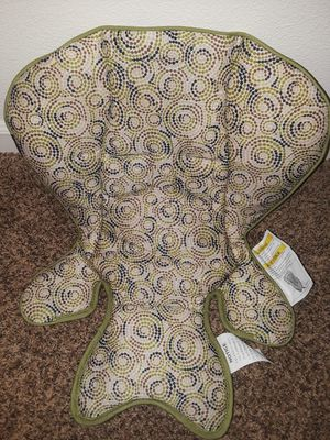 Reversible infant insert for car seat for Sale in Wasilla, AK