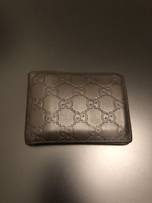 Gucci wallet for Sale in Irvine, CA