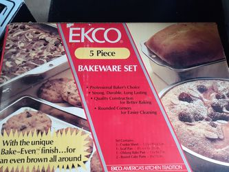5 piece bakeware set for Sale in Bartlett,  IL