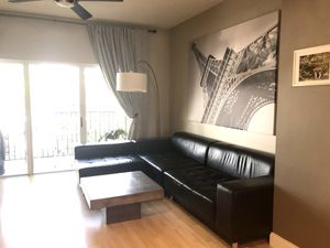 FREE Modani Black Leather Sectional for Sale in Miami, FL