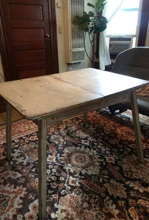White antique table for Sale in Riverside, CA
