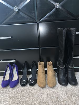 Size 7 shoes for Sale in Austin, TX
