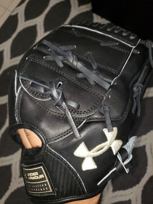 *Open to trade* Under Armour Flawless Series 12inch Pitchers Glove for Sale in Riverside, CA