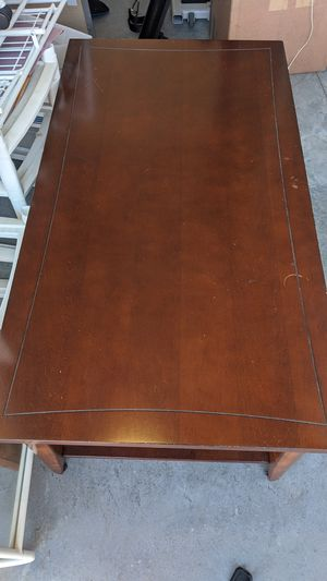 Coffee table for Sale in Milpitas, CA
