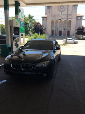 Bmw 7 series 09 750i for Sale in Medina, OH