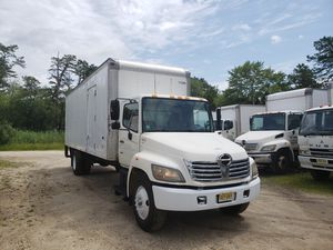 2005 Hino 268, 26 ft box truck, clean title, 365,000 miles for Sale in New Brunswick, NJ