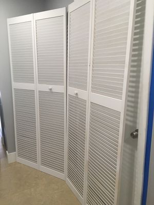 Bifold doors 29x55 inches for Sale in Miami, FL